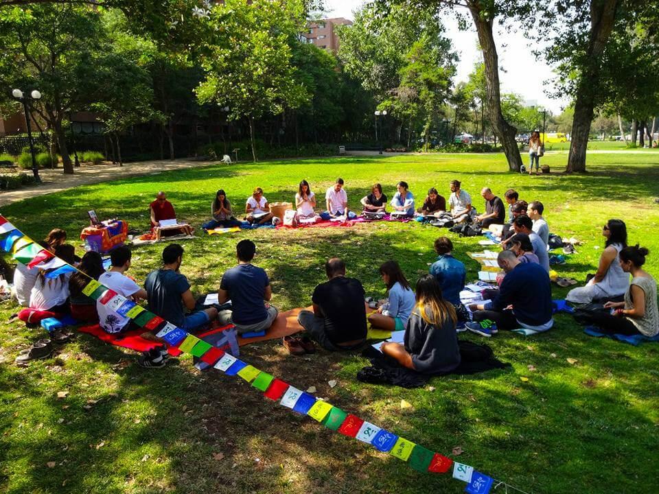Meditando con el Centro Otzer Ling